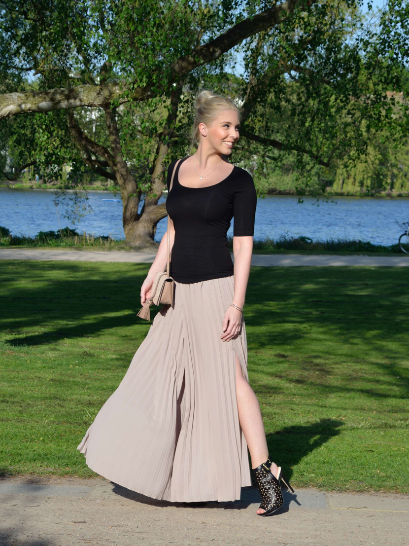 Plisee-Rock-Hose-About-You-Blog-Belle-Melange-Outfit-Fashion-OOTD_1