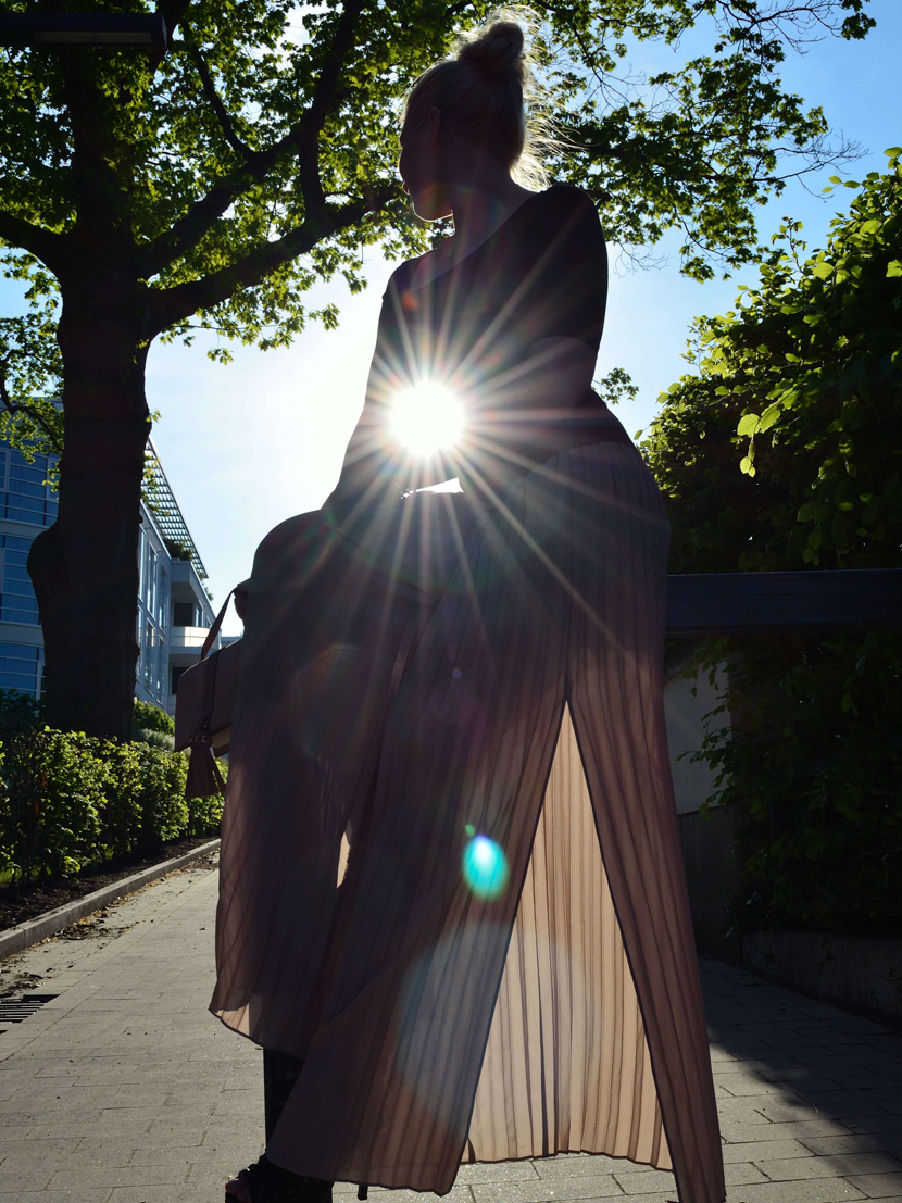 Plisee-Rock-Hose-About-You-Blog-Belle-Melange-Outfit-Fashion-OOTD_10