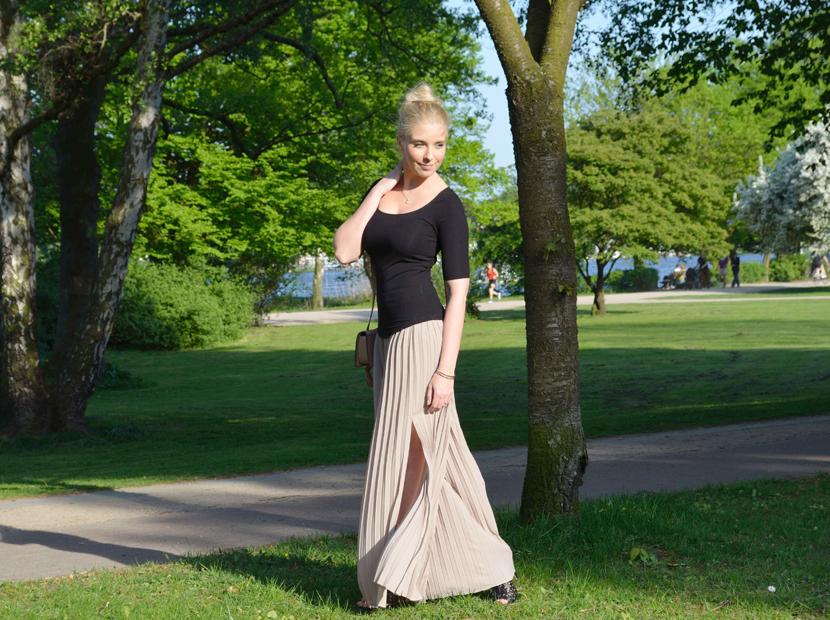 Plisee-Rock-Hose-About-You-Blog-Belle-Melange-Outfit-Fashion-OOTD_3