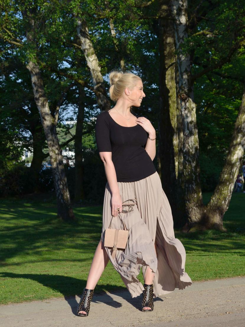 Plisee-Rock-Hose-About-You-Blog-Belle-Melange-Outfit-Fashion-OOTD_8