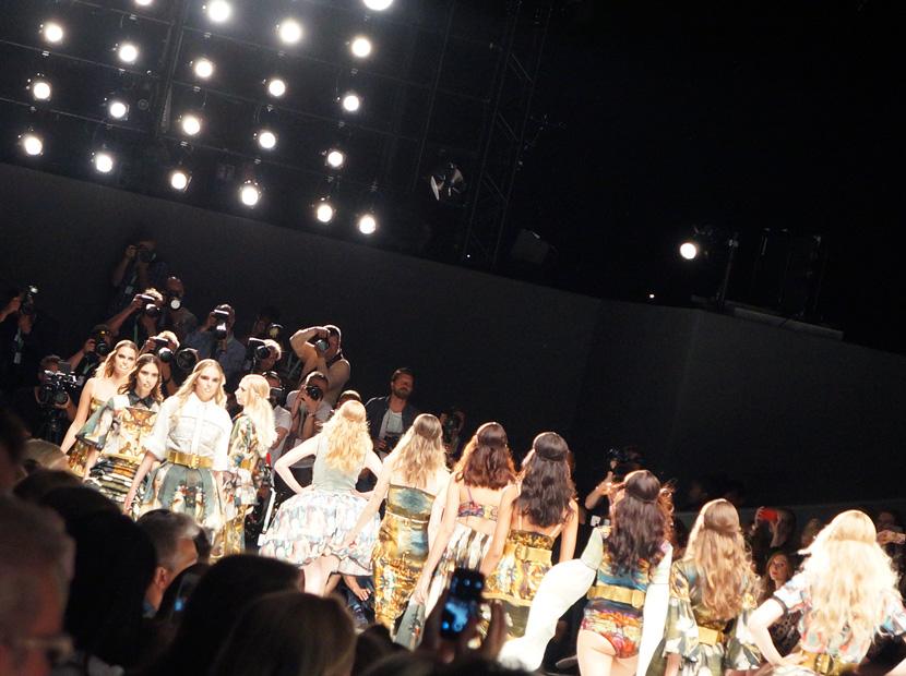 Rebekka-Ruetz-MBFW-Fashion-Week-Belle-Melange-04