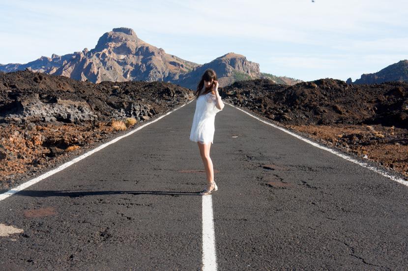 White-Wanderer-Outfit-Fashion-Tenerife-BelleMelange-03