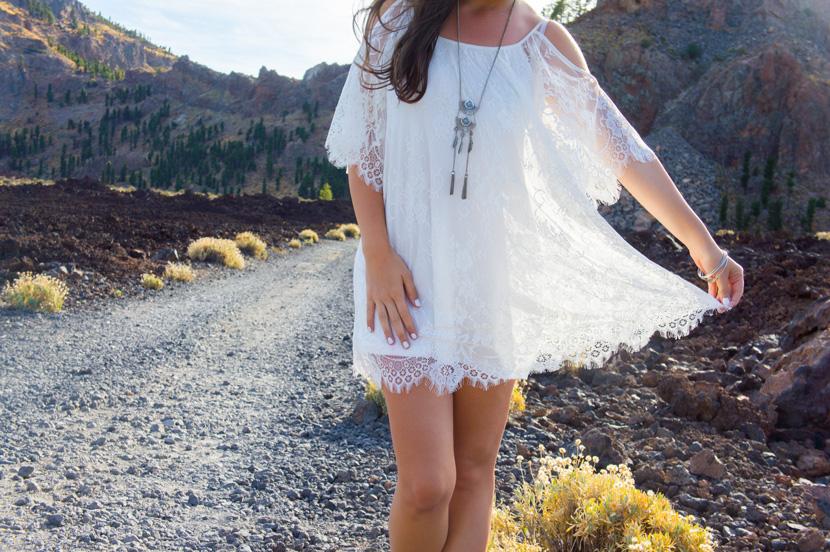 White-Wanderer-Outfit-Fashion-Tenerife-BelleMelange-09