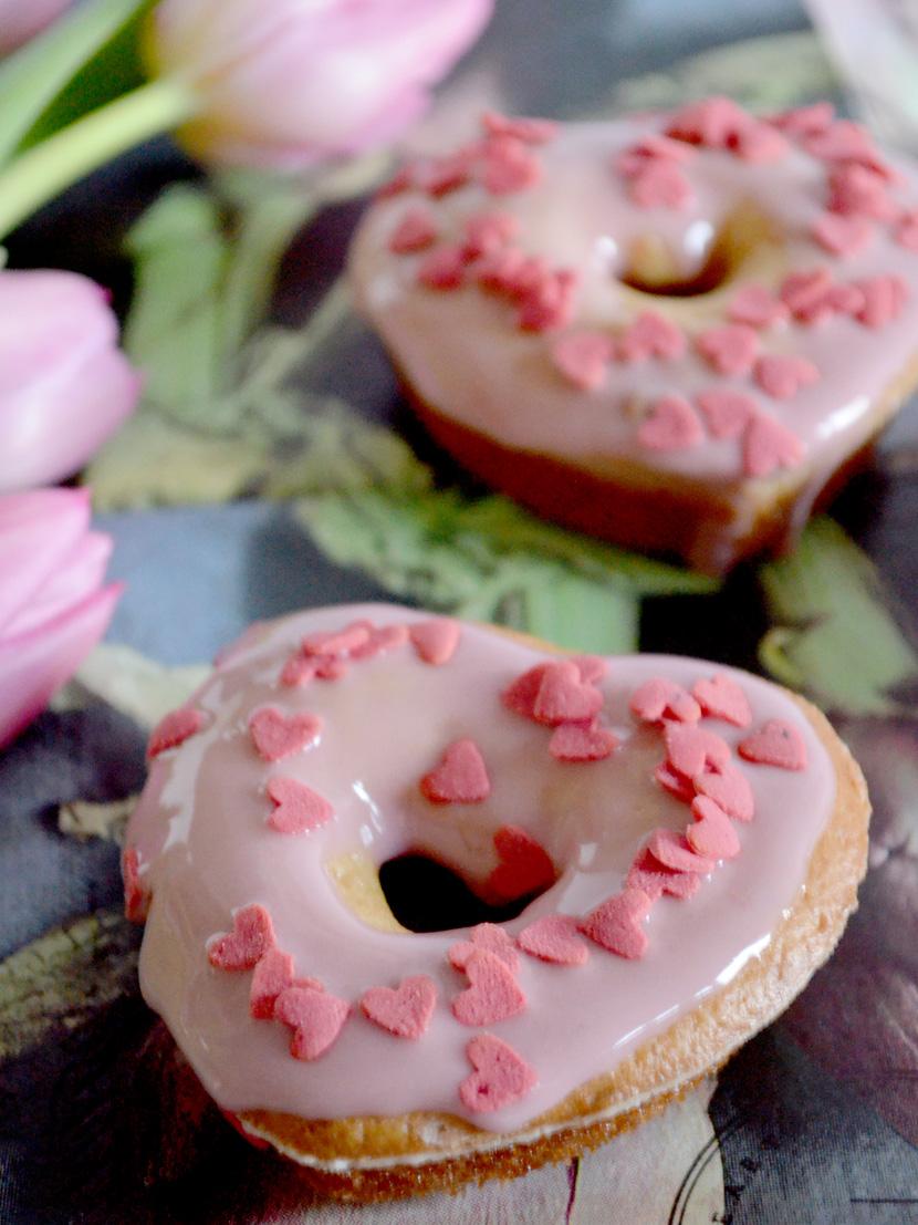 Heart-Donuts-Valentinstag-Blog-Belle-Melange-Delicious-Rezept-9